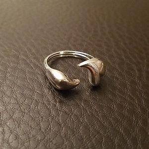 Avon ring